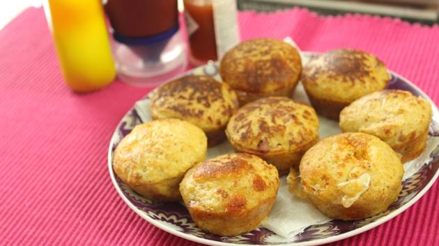 Muffin salgado de bacon e queijo