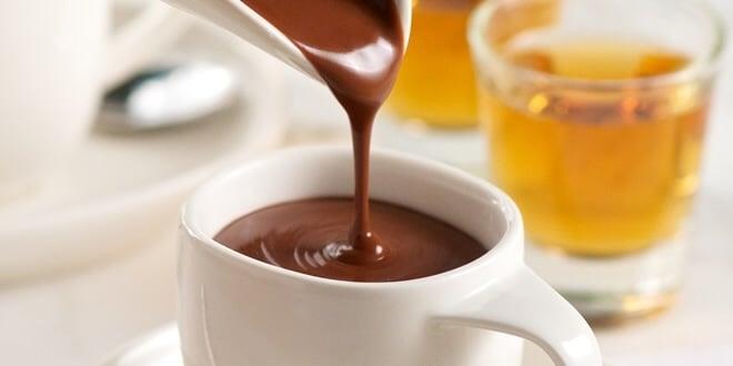 Chocolate quente de microondas