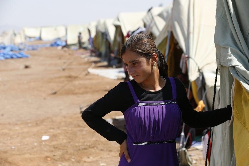 2373171967-garota-yazidi Mulheres são queimadas vivas, após recusarem relações sexuais com homens do Estado Islâmico