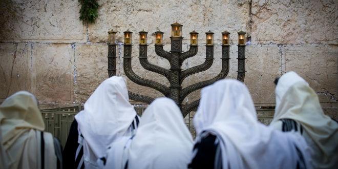 Candelabro e óleo para o Terceiro Templo estão prontos, anuncia Sinédrio