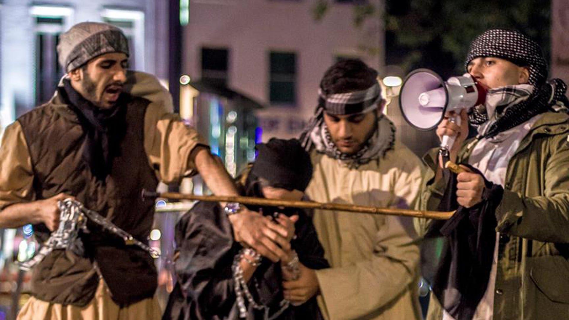 Crucificação, tortura e abuso sexual: o custo de ser cristão sob domínio do Estado Islâmico